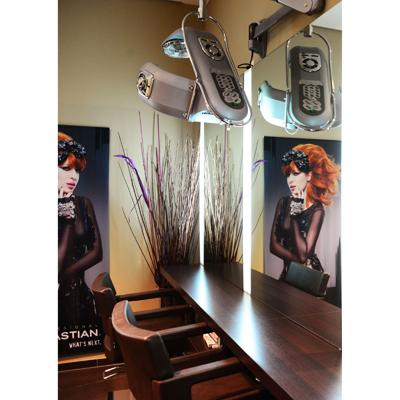 Hair Station vägghängd
